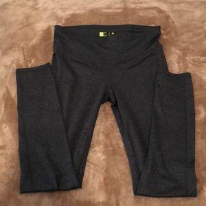 Dark Grey Leggings w/ Side Pockets!